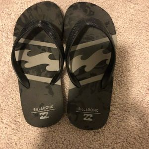 Billabong flip flops for boys